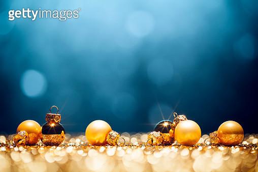 Golden Christmas Time - Decorations Lights Bokeh Defocused Blue Gold - gettyimageskorea