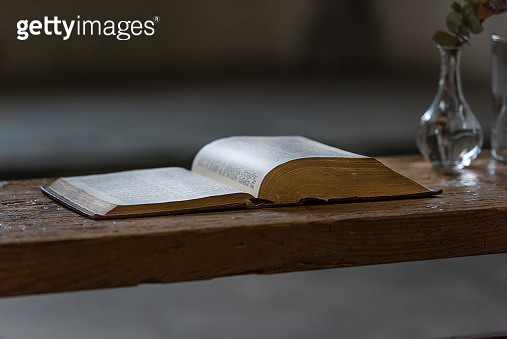 Open bible book on wooden church altar - gettyimageskorea