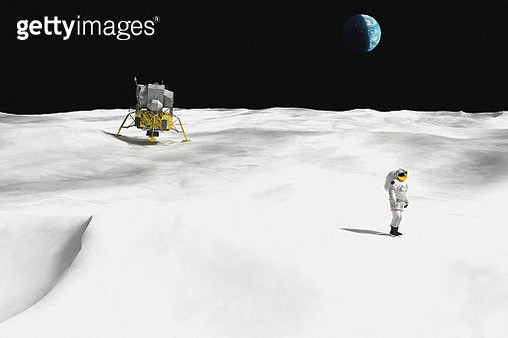 Digital render during the moment of the Moon landing with astronaut and the planet earth in the sky. - gettyimageskorea
