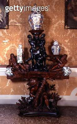 <b>Title</b> : Porcelain stand in the form of Hercules conquering the Hydra and Cerebus, with river-gods and Nubian slaves (La Forza), c.1700 (<br><b>Medium</b> : boxwood and ebony<br><b>Location</b> : Ca' Rezzonico, Museo del Settecento, Venice<br> - gettyimageskorea