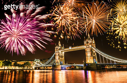 new year over the tower bridge - gettyimageskorea