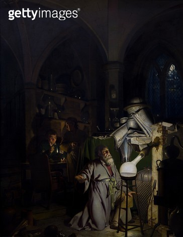 <b>Title</b> : The Alchymist, 1771 (oil on canvas)<br><b>Medium</b> : oil on canvas<br><b>Location</b> : Derby Museum and Art Gallery, UK<br> - gettyimageskorea