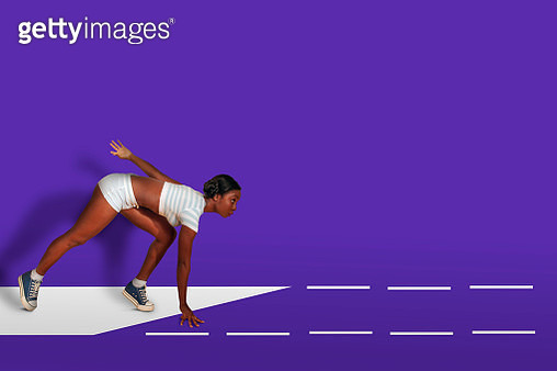 athletic african woman starts for run - gettyimageskorea
