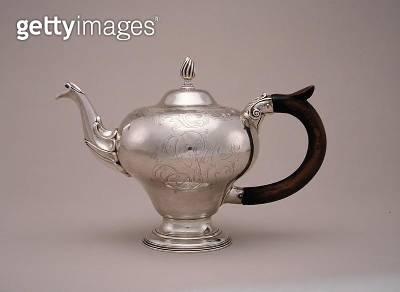 <b>Title</b> : Teapot, 1755-75 (silver)<br><b>Medium</b> : silver<br><b>Location</b> : Museum of Fine Arts, Houston, Texas, USA<br> - gettyimageskorea