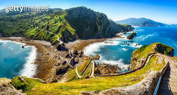 Long exposure view of the path to San Juan de Gaztelugatxe, famous for being Dragonstone location in Game of thrones TV show - gettyimageskorea