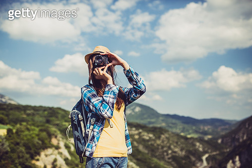young woman in the nature - gettyimageskorea