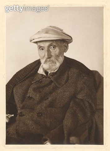 <b>Title</b> : Auguste Renoir (1841-1919) (photo)<br><b>Medium</b> : <br><b>Location</b> : Musee Marmottan, Paris, France<br> - gettyimageskorea