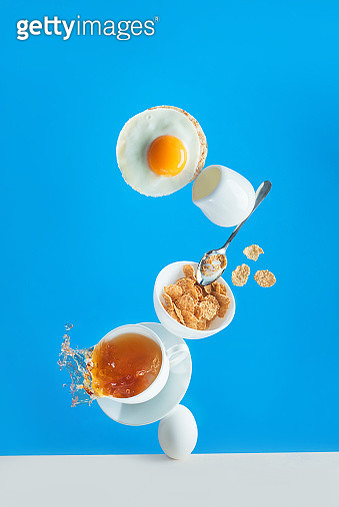 Healthy breakfast with cereals and egg toast, balanced food on a vivid blue background with copy space - gettyimageskorea