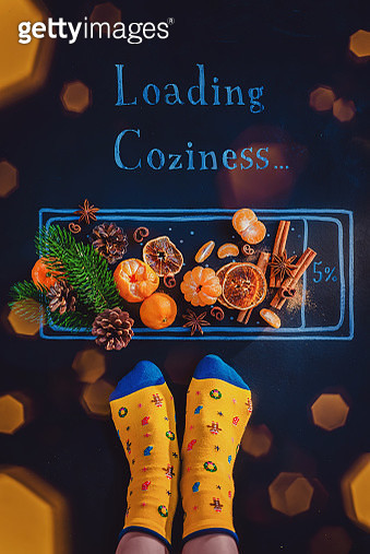 Loading bar chalk drawing with tangerines and Christmas decorations. Waiting for Christmas concept - gettyimageskorea
