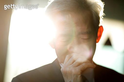 Thoughtful senior businessman - gettyimageskorea
