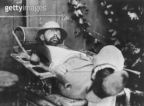 <b>Title</b> : Henri de Toulouse-Lautrec (1864-1901) (b/w photo)<br><b>Medium</b> : <br><b>Location</b> : Private Collection<br> - gettyimageskorea