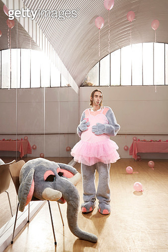 Elephant entertainer after children's party - gettyimageskorea