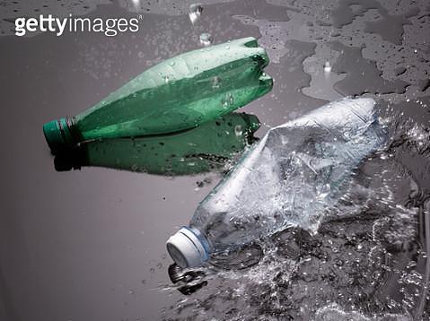 Plastic pollution - gettyimageskorea