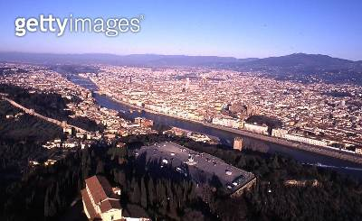 <b>Title</b> : View of Florence from Piazzale Michelangelo (photo)<br><b>Medium</b> : <br><b>Location</b> : <br> - gettyimageskorea