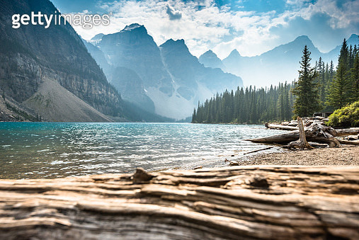 Moraine Lake in Banff National Park - Canada - gettyimageskorea