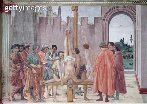 <b>Title</b> : The Crucifixion of St. Peter, c.1484-85 (fresco) (post restoration)<br><b>Medium</b> : <br><b>Location</b> : Brancacci Chapel, Santa Maria del Carmine, Florence, Italy<br> - gettyimageskorea