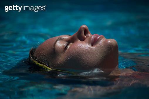Aquamarine Water Babe - gettyimageskorea