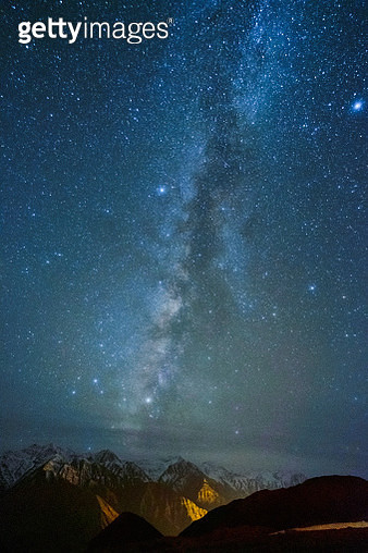 Starry night Milky Way in Ladakh India - gettyimageskorea