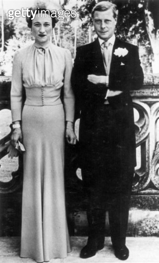EDWARD VIII (1894-1972). /nKing of Great Britain, 1936. The Duke and Duchess of Windsor, shortly after their marriage, photograph, 1937. - gettyimageskorea