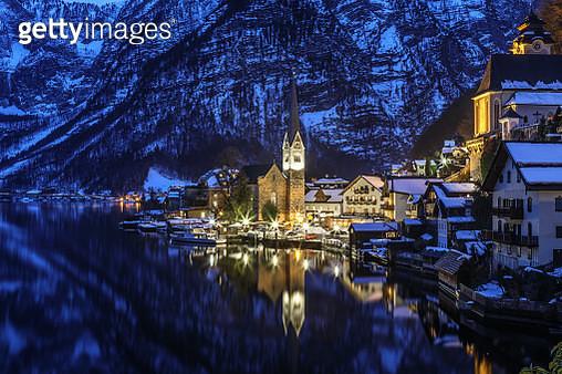 Hallstatt and lake Hallstatt at blue hour with (Styria/ Austria) - gettyimageskorea