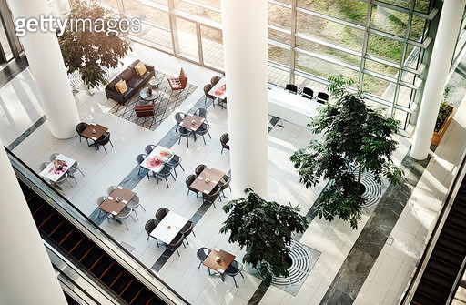 Enjoy your meal in a relaxing environment - gettyimageskorea