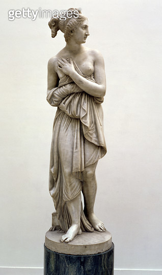 <b>Title</b> : Venus Italica, c.1822 (marble)<br><b>Medium</b> : marble<br><b>Location</b> : Haags Gemeentemuseum, The Hague, Netherlands<br> - gettyimageskorea