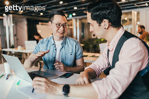 Business Professional In Spite Of Hearing Disability - gettyimageskorea