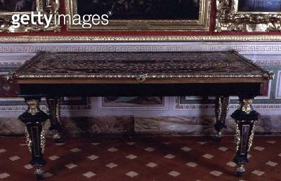 Table with top of pietre dure marble supported by four legs decorated with gilt mounts and marble inlays by Giovanni Battista Foggini (1652-1725) - gettyimageskorea