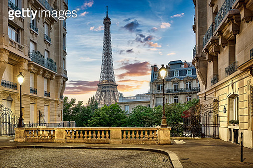 Eiffel Tower with Haussmann apartment Buildings in foreground, Paris, France - gettyimageskorea