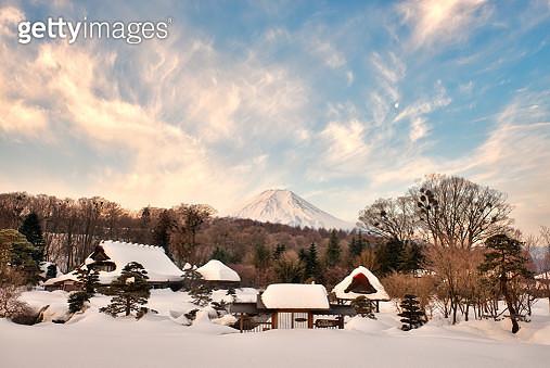 Sunrise Scene of Mountain Fuji in Winter Scene, Japan - gettyimageskorea