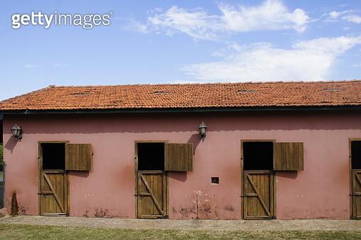 Empty Horse Stall - gettyimageskorea