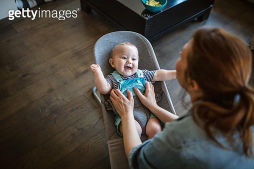 Happy moments with mom - gettyimageskorea