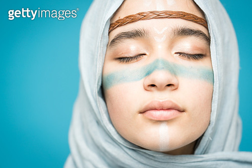 Muslim girl with painted face - gettyimageskorea