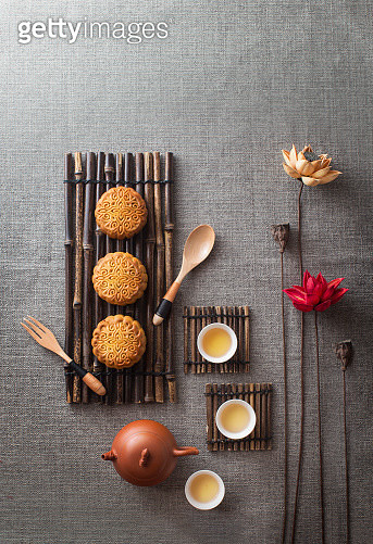 Mid-autumn festival food and drink still life. - gettyimageskorea