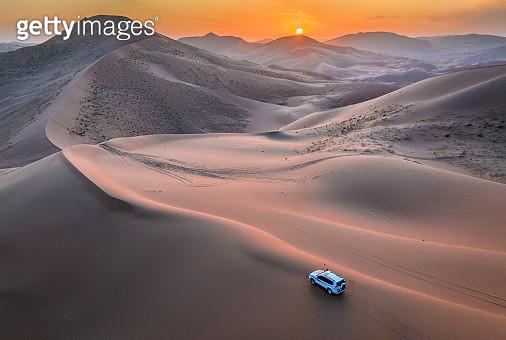 Sunset @ Badain Jaran Desert, Inner Mongolia, China - gettyimageskorea