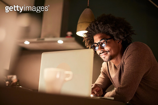 Lifestyle late night working Barcelona. - gettyimageskorea