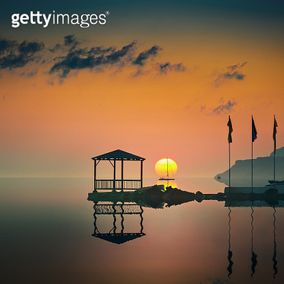 The sea at sunset - gettyimageskorea