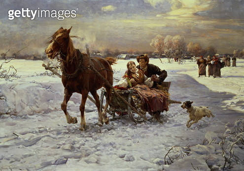 Lovers in a sleigh - gettyimageskorea