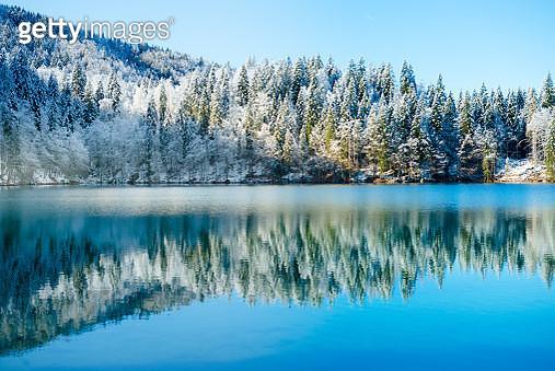 Winter Water Reflection - gettyimageskorea
