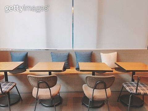 Empty Chairs And Tables In Restaurant - gettyimageskorea