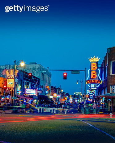 USA, Tennessee, Beale Street at twilight - gettyimageskorea