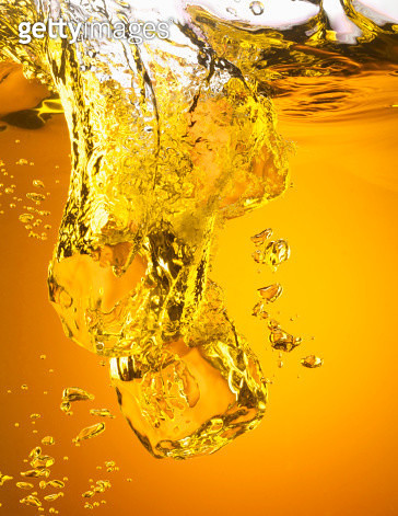 Ice cubes in iced tea - gettyimageskorea
