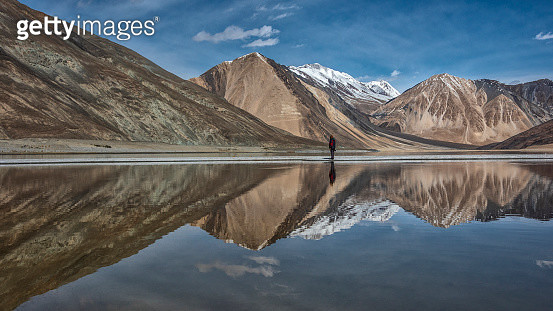 Pangong Lake with mountain and blue sky, Leh Ladakh - gettyimageskorea