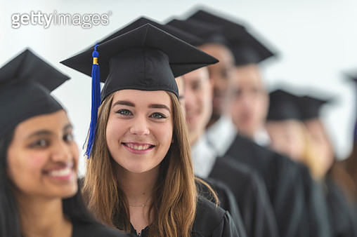 Young woman graduating - gettyimageskorea