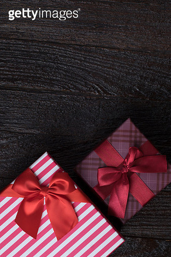 Directly Above Shot Of Christmas Presents On Table - gettyimageskorea