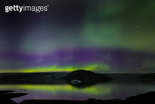Aurora Borealis, Qualerallit glacier, Narsaq, Vestgronland, Greenland - gettyimageskorea