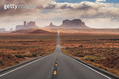 U.S. Route 163, Monument Valley - gettyimageskorea
