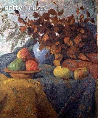 <b>Title</b> : Still Life of Apples and Autumn Leaves, 1910<br><b>Medium</b> : oil on canvas<br><b>Location</b> : Galerie Daniel Malingue, Paris, France<br> - gettyimageskorea