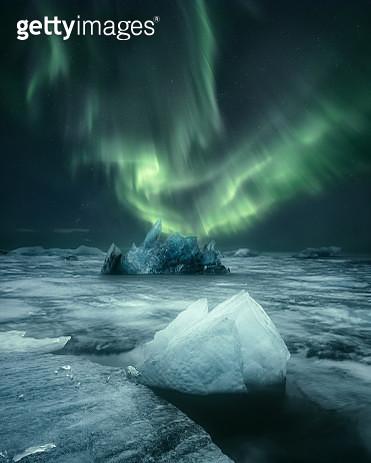 Icebergs in Jokulsarlon lagoon, Iceland - gettyimageskorea