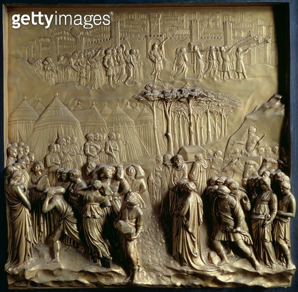 <b>Title</b> : The Story of Joshua: Joshua instructs the Priests to lead the Israelites across the River Jordan and the Fall of Jericho, one of<br><b>Medium</b> : <br><b>Location</b> : Baptistery, Florence, Italy<br> - gettyimageskorea